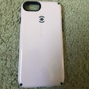 iPhone 7, 8 light pink Speck case